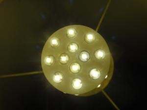 led-bulb-1382379-m